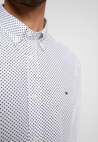 Tommy Hilfiger - DOT REGULAR FIT - Overhemd - white - 3