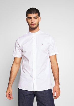 STRETCH POPLIN - Overhemd - white