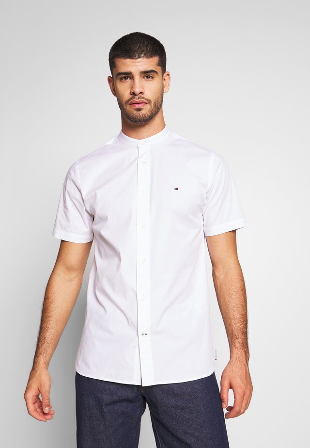 STRETCH POPLIN - Shirt - white