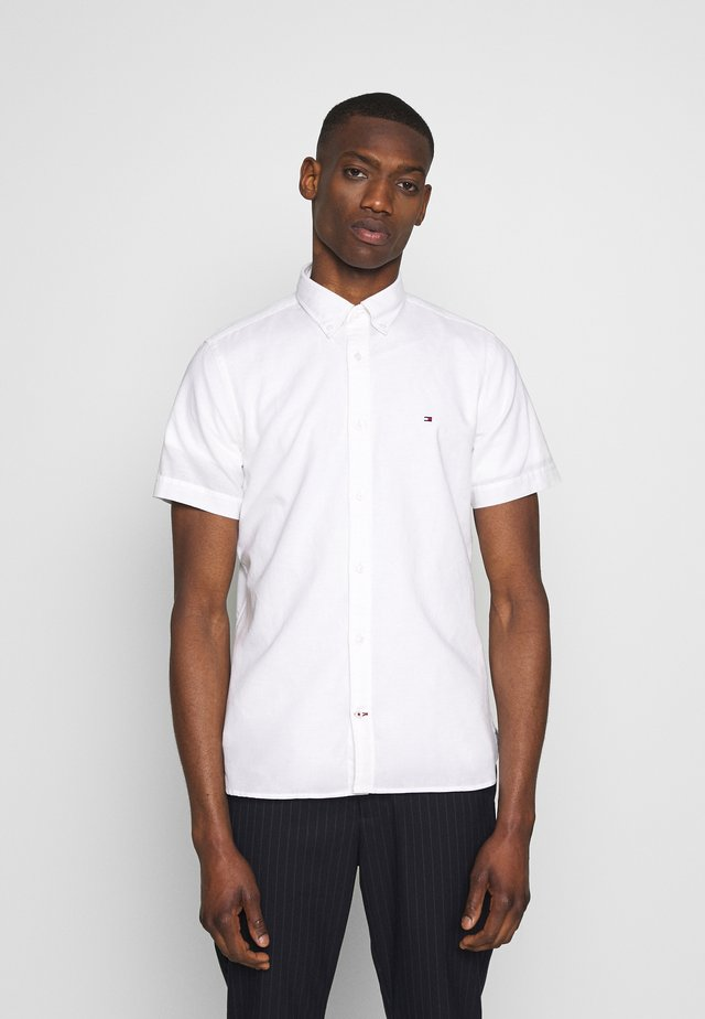 SLIM SHIRT  - Overhemd - white