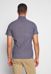 Tommy Hilfiger - SLIM SMALL DOT PRINT - Shirt - blue - 2