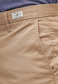 Tommy Hilfiger - DENTON - Chino kalhoty - khaki - 4