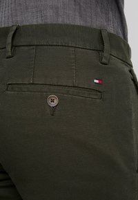 Tommy Hilfiger - DENTON STRUCTURE  - Chino - black - 4