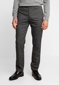 Tommy Hilfiger - DENTON LOOK - Chinos - black - 0