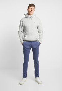 Tommy Hilfiger - BLEECKER - Chinos - blue - 1
