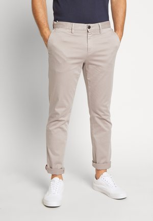 DENTON FLEX - Pantalones chinos - grey