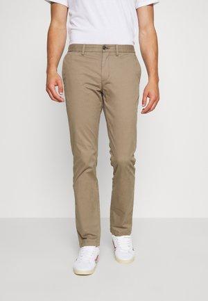 DENTON  - Chino kalhoty - brown