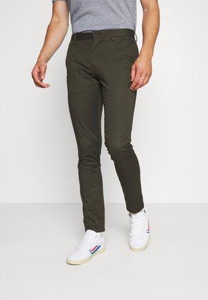 BLEECKER FLEX SOFT  - Pantaloni - green