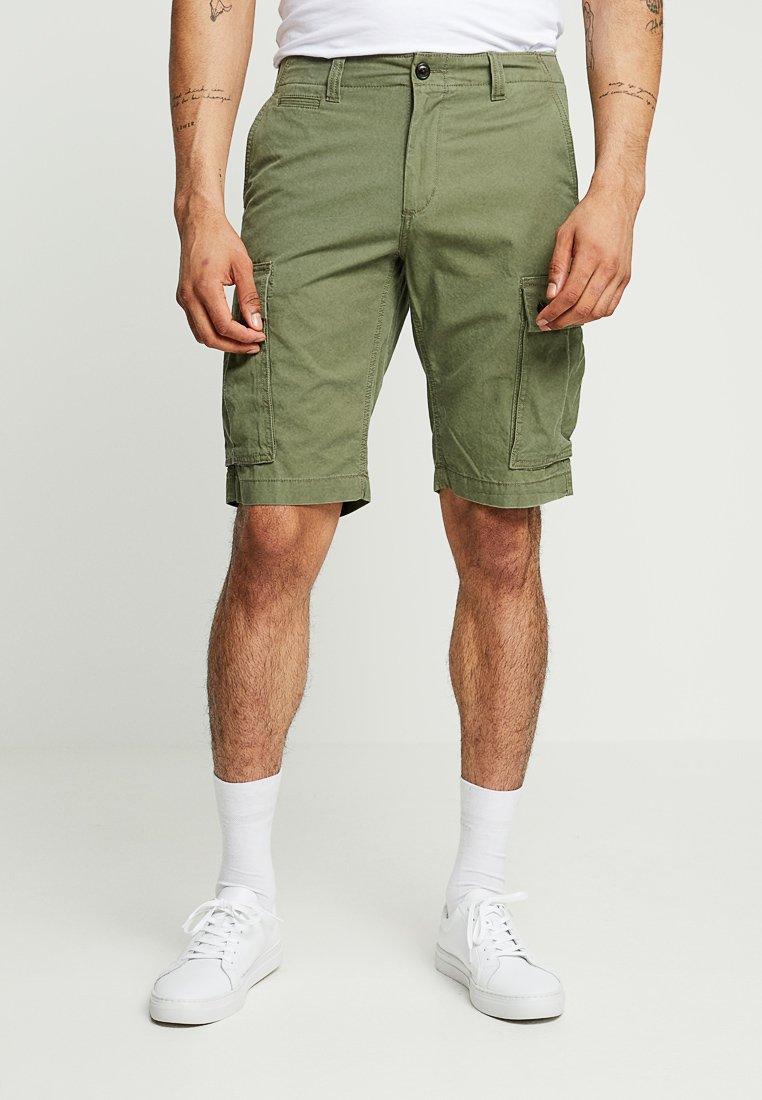 Tommy Hilfiger - JOHN CARGO LIGHT  - Shorts - green