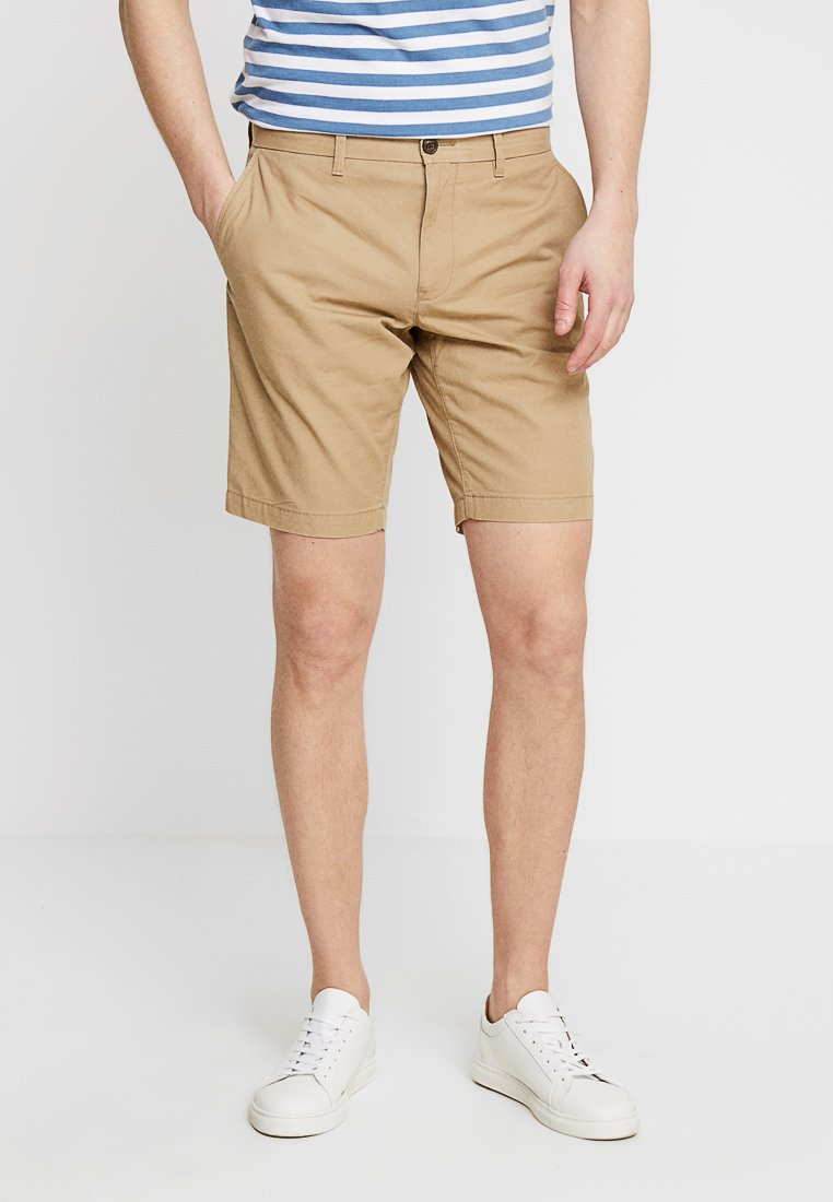 Tommy Hilfiger - BROOKLYN - Shortsit - sand