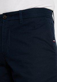 Tommy Hilfiger - BROOKLYN - Shorts - blue - 3