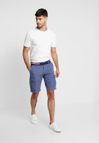 Tommy Hilfiger - JOHN BELT - Shorts - blue - 1