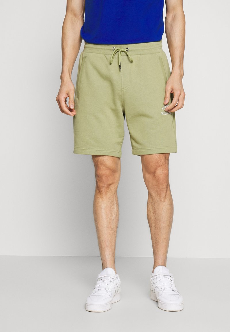 Tommy Hilfiger - BASIC EMBROIDERED  - Shorts - green