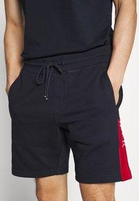 Tommy Hilfiger - INTARSIA - Shorts - blue - 2