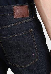 Tommy Hilfiger - BLEECKER - Slim fit jeans - new clean rinse - 4