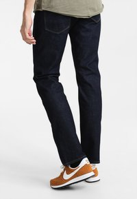 Tommy Hilfiger - DENTON - Jeansy Straight Leg - new clean rinse - 2