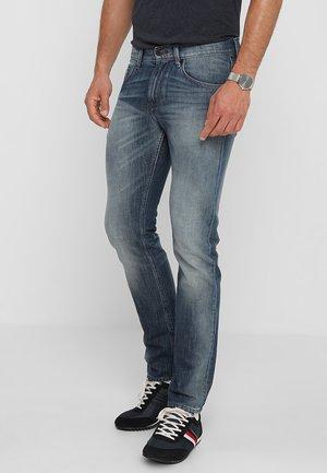 BLEECKER GRANBY - Jeans slim fit - denim