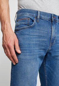 Tommy Hilfiger - BLEECKER AIKEN - Jean slim - denim - 3