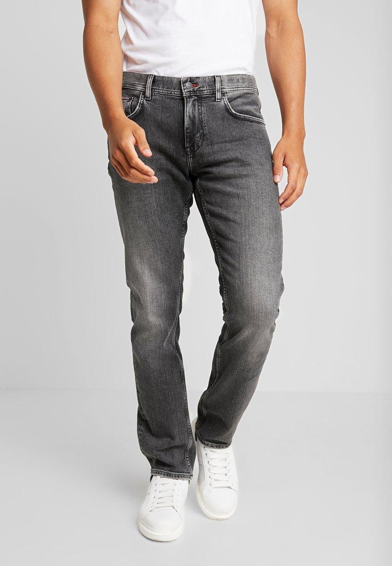 Tommy Hilfiger - STRAIGHT DENTON ARGO - Straight leg jeans - black