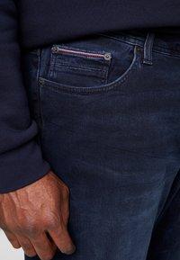 Tommy Hilfiger - MADISON BURKE  - Straight leg jeans - dark-blue denim - 5