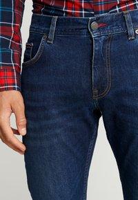 Tommy Hilfiger - STRAIGHT DENTON BOWIE  - Straight leg jeans - denim - 3