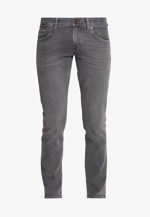 DENTON AMES GREY - Straight leg jeans - grey