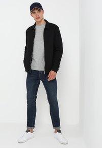Tommy Hilfiger - NEW STRETCH TEE C-NECK - Basic T-shirt - cloud heather - 1