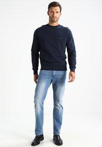 Tommy Hilfiger - BASIC - Sweatshirt - blue - 1