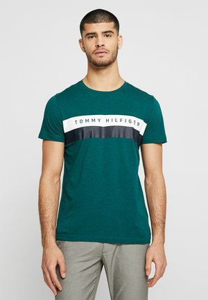 LOGO BAND TEE - Camiseta estampada - green
