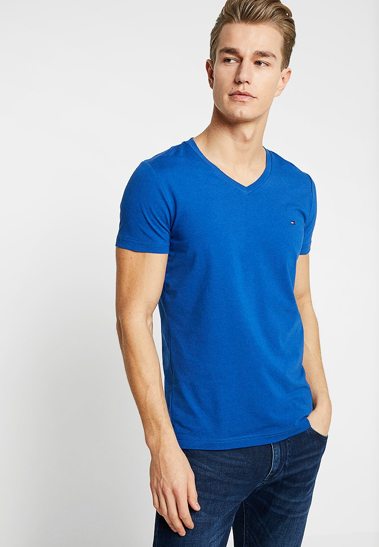 Tommy Hilfiger - STRETCH SLIM FIT VNECK TEE - T-shirts - blue