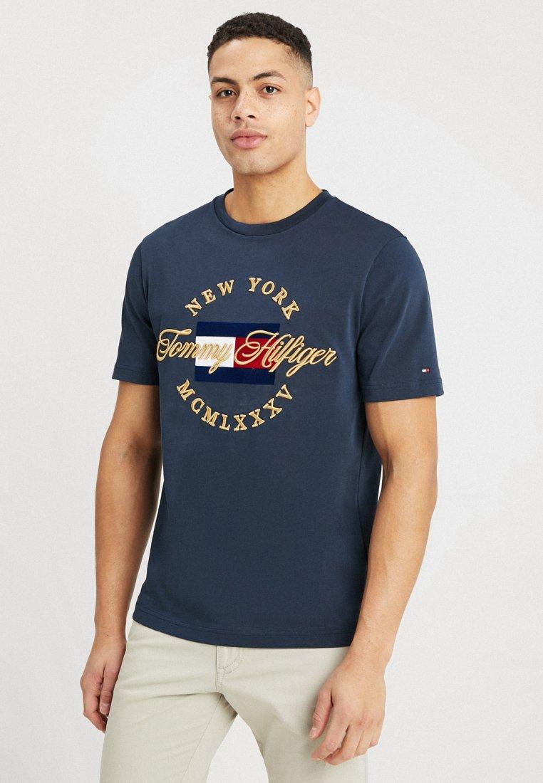 Tommy Hilfiger - ICON TEE - Print T-shirt - blue