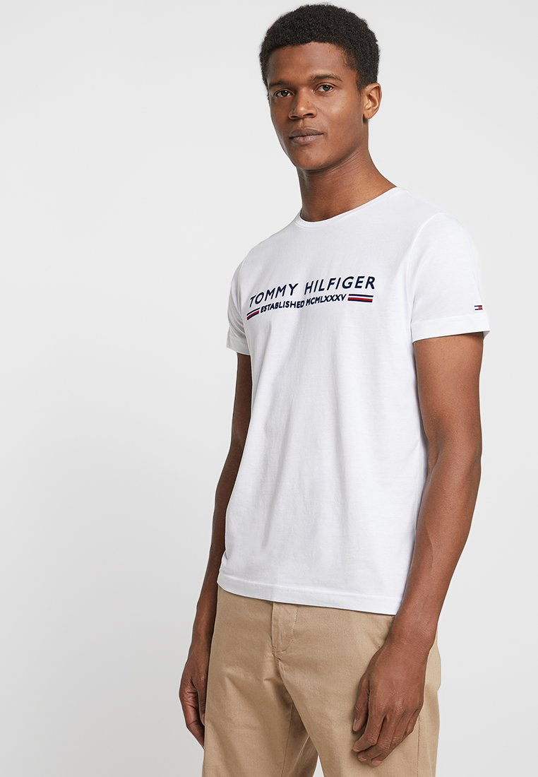Tommy Hilfiger - ESSENTIAL TEE - T-shirts print - white
