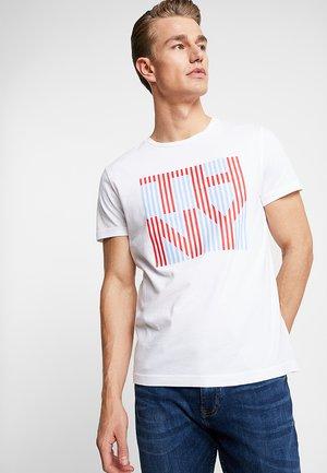 STRIPE TEE - T-shirt z nadrukiem - white