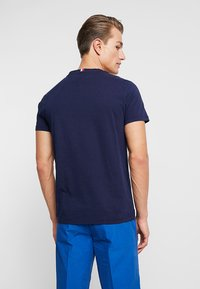 Tommy Hilfiger - STRIPE TEE - Printtipaita - blue - 2