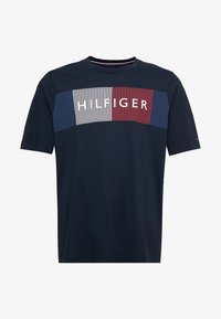 Tommy Hilfiger - CORP MERGE TEE - T-shirts med print - blue - 3
