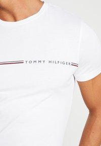 Tommy Hilfiger - TEE - T-shirt imprimé - white - 4