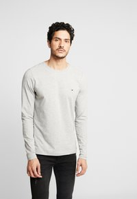 Tommy Hilfiger - STRETCH SLIM FIT LONG SLEEVE - Long sleeved top - grey - 0