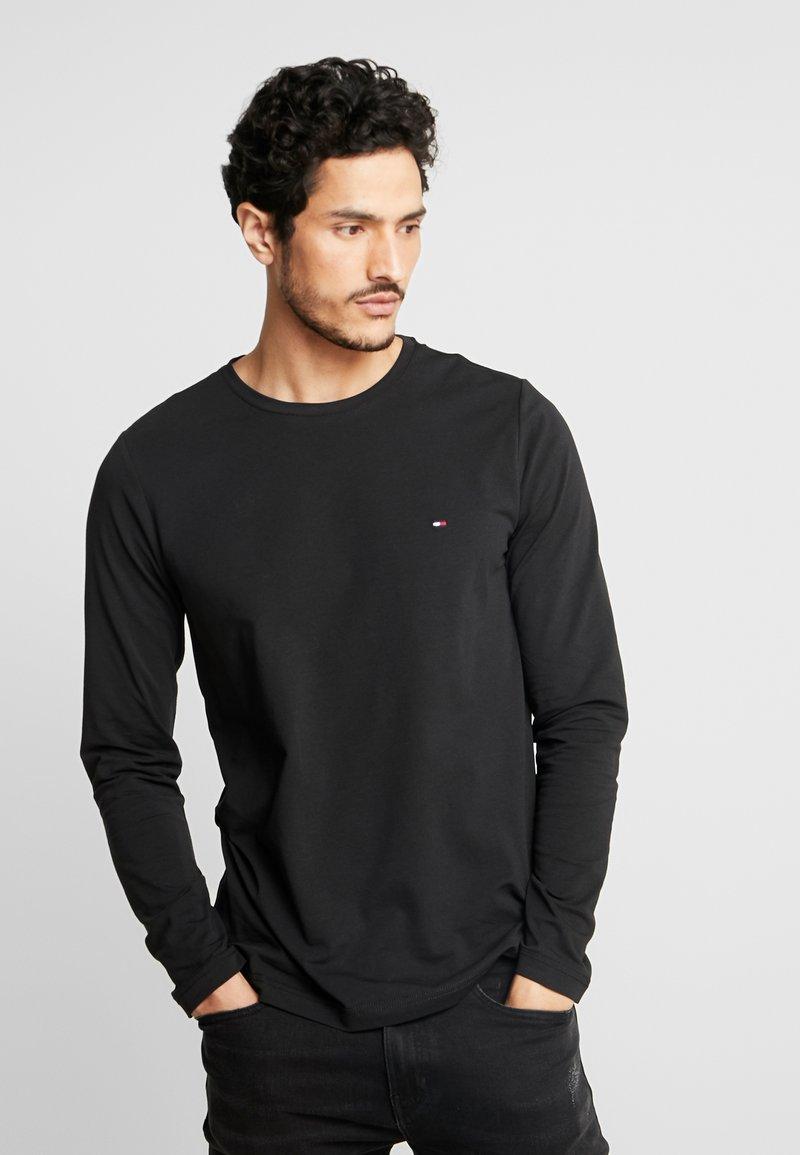 Tommy Hilfiger - STRETCH SLIM FIT LONG SLEEVE - Langærmede T-shirts - black