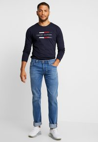 Tommy Hilfiger - CORP LONG TEE - Maglietta a manica lunga - blue - 1