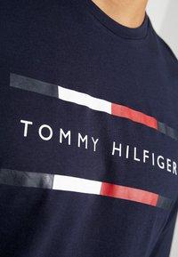 Tommy Hilfiger - CORP LONG TEE - Top sdlouhým rukávem - blue - 6
