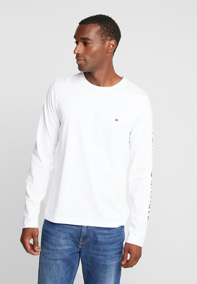 LOGO LONG SLEEVE TEE - Bluzka z długim rękawem - white