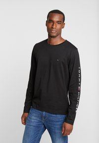 Tommy Hilfiger - LOGO LONG SLEEVE TEE - Topper langermet - black - 0