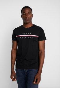 Tommy Hilfiger - CORP SPLIT TEE - Print T-shirt - black - 0