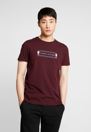 BOX LOGO TEE - T-shirt con stampa - red