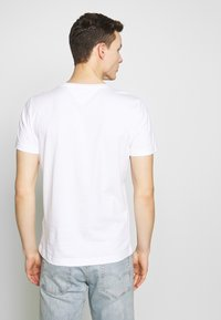 Tommy Hilfiger - T-shirt con stampa - white - 2