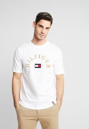 ARCH RELAXED FIT TEE - T-shirt print - white