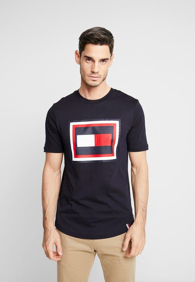 FRAME RELAXED FIT TEE - Camiseta estampada - blue
