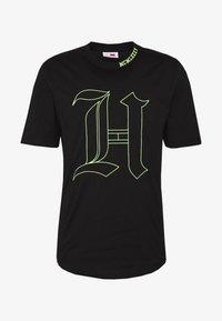 Tommy Hilfiger - LEWIS HAMILTON 'H' TEE - T-shirt print - black - 5