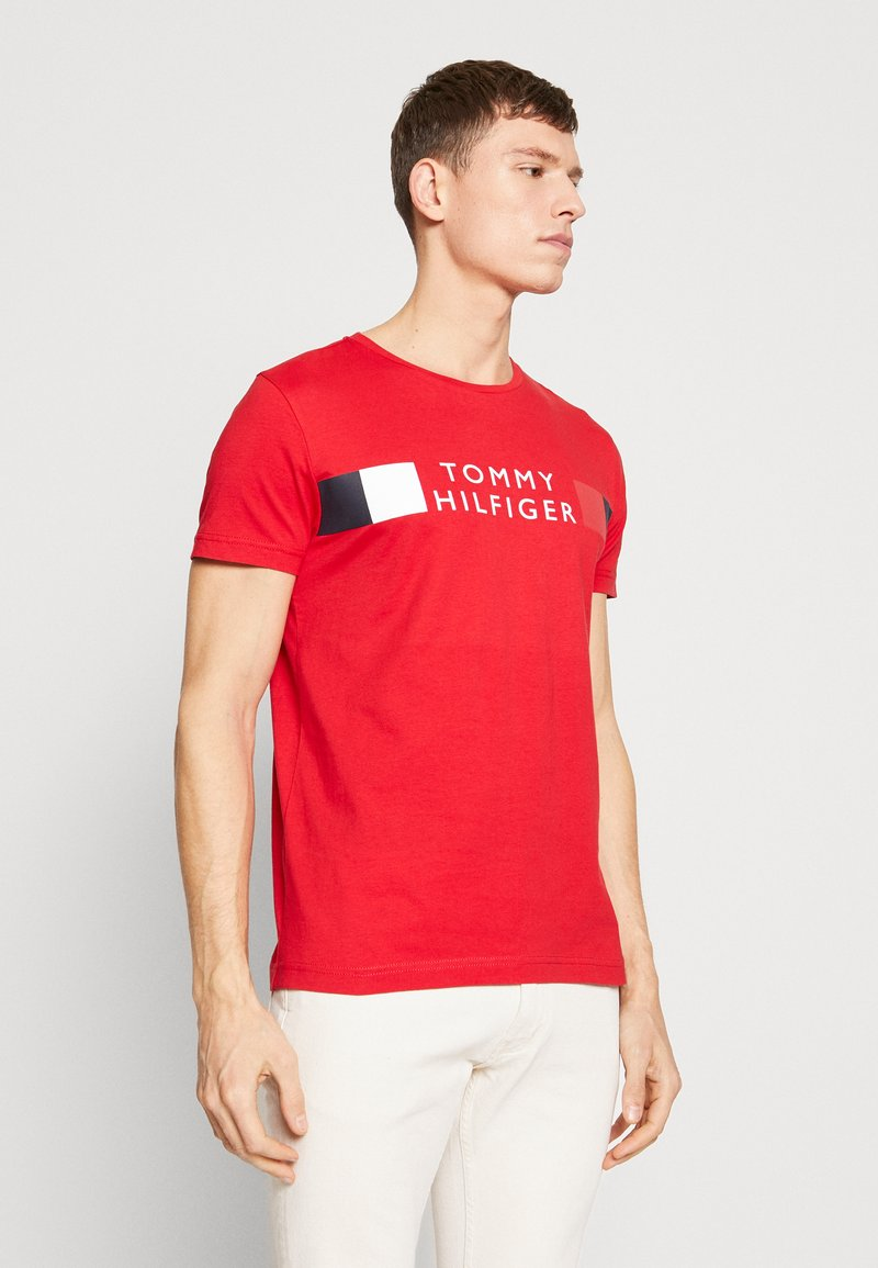 Tommy Hilfiger - T-shirt con stampa - red