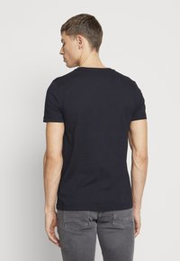 Tommy Hilfiger - T-shirt con stampa - blue - 2